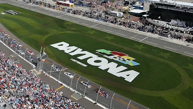Ryan Blaney and Chase Elliott will start third and fourth, respectively for Sunday's Daytona 500 after each winning one of the Daytona Duels