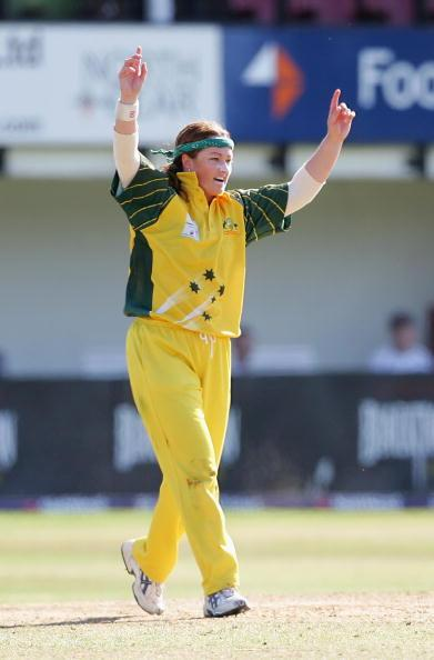 TAUNTON, UNITED KINGDOM - SEPTEMBER 02:  Karen Rolton of Australia celebrates taking the wicket of Claire Taylor of England during the Womens Twenty20 match between England Ladies and Australia Ladies at Somerset CCC on September 2, 2005 in Taunton, England  (Photo by Richard Heathcote/Getty Images)