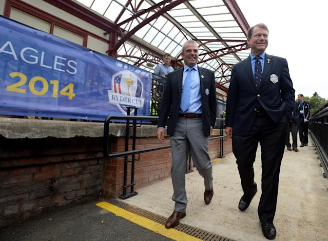 GLENEAGLES, SCOTLAND - SEPTEMBER 23: USA Captain Tom Watson and European Captain Paul McGinley at Gleneagles train station during the 2014 Ryder Cup - One Year to Go celebrations on September 23, 2013 in Gleneagles, Scotland. (Photo by Mark Runnacles/Getty Images)