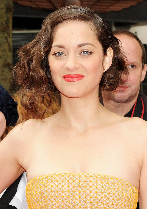 Marion Cotillard's Punchy Pout: Copy Her Coral Lip Look