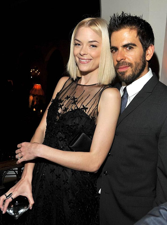 Actress Jaime King got close with horror filmmaker Eli Roth. (11/17/2011)