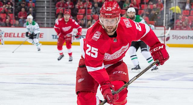 "<a class=""link rapid-noclick-resp"" href=""/nhl/players/3667/"" data-ylk=""slk:Mike Green"">Mike Green</a> will be a popular guy leading up to the trade deadline. (Dave Reginek/NHLI via Getty Images)"