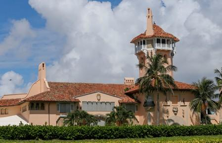Trespassing trial of Chinese woman arrested at Mar-a-Lago moves to jury