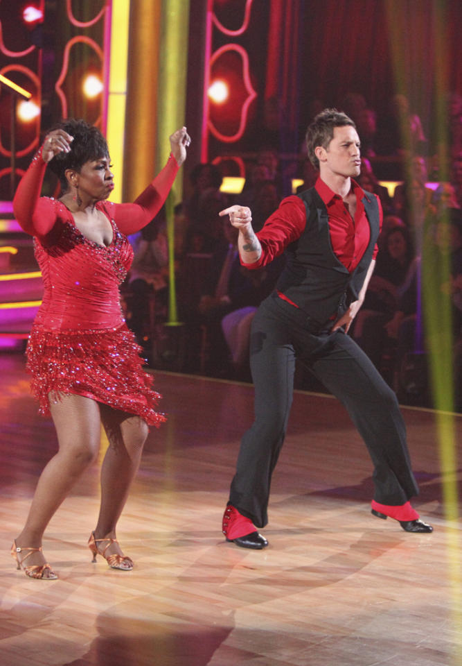"""Gladys Knight and Tristan Macmanus perform on """"Dancing With the Stars."""""""