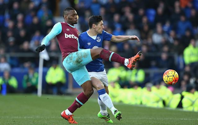 The Hammers boss confirmed that the 27-year-old has been ruled out of their Premier League game against the Seagulls after suffering a back pain