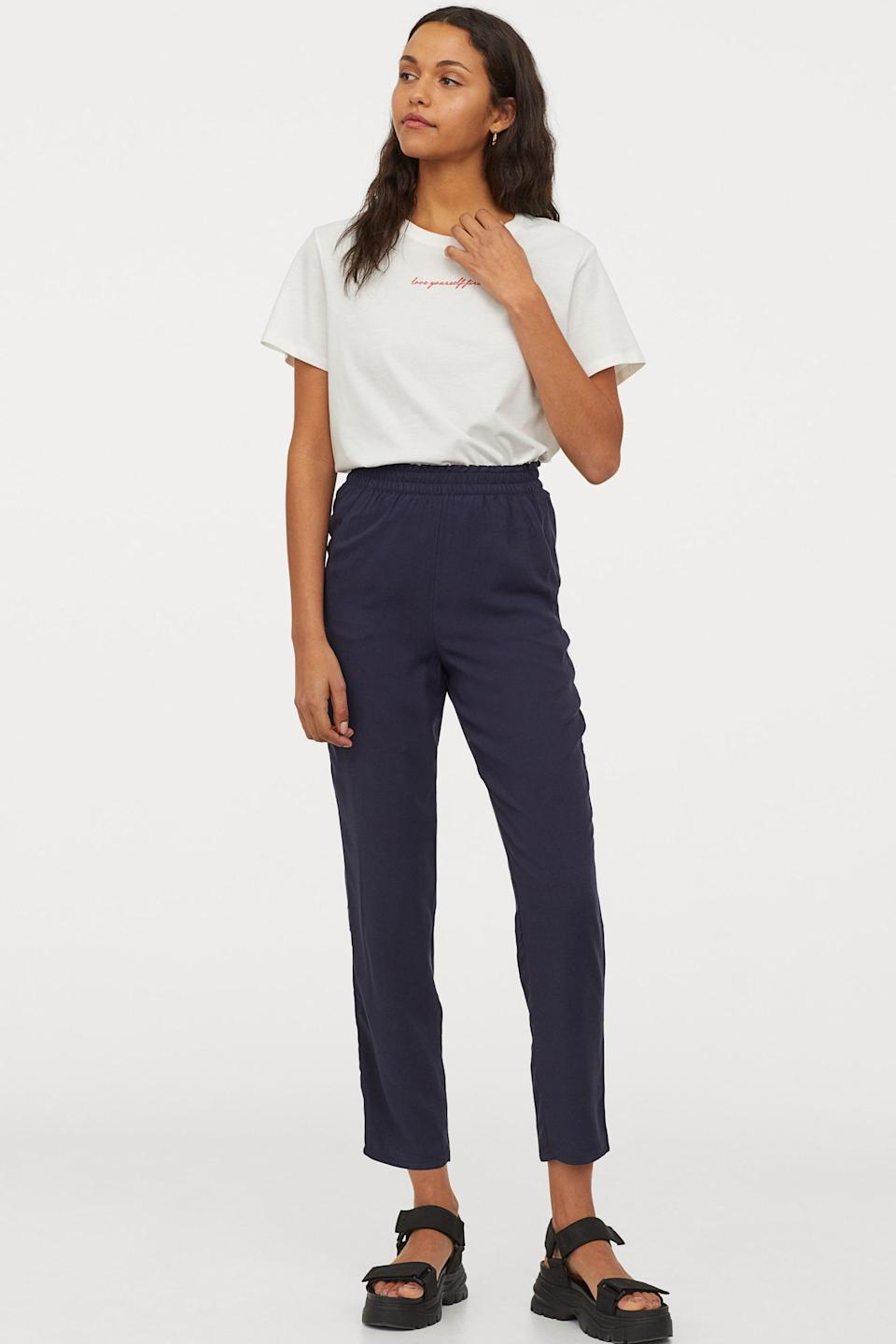 <p>These <span>H&amp;M Pull-on Pants</span> ($10) look so comfortable.</p>