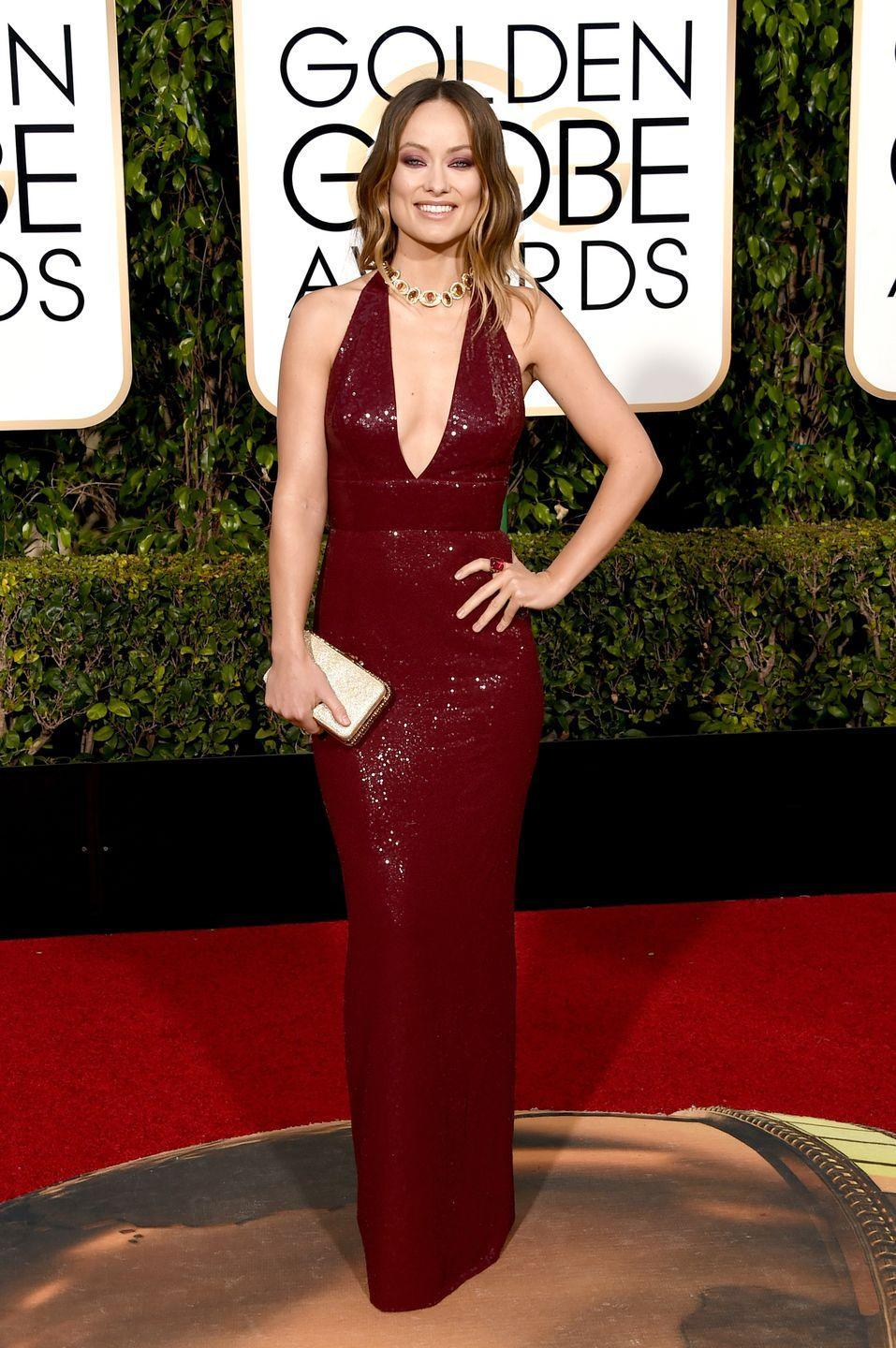 <p>Wilde wore a plunging-neck red Michael Kors floor-length dress for the outing, teamed with gold and ruby-coloured jewellery and a gold-hued clutch.<br></p>
