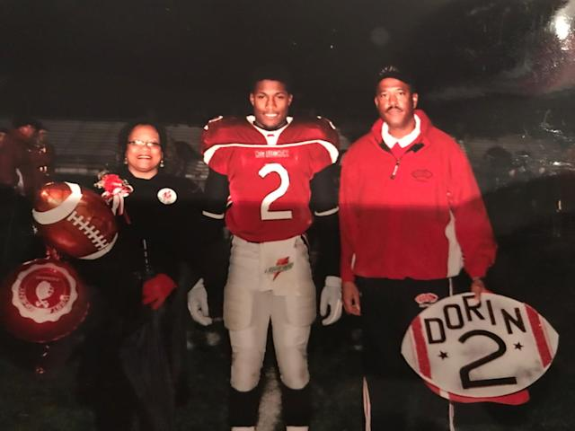Dorin Dickerson and his parents. (Photo courtesy Dorin Dickerson)