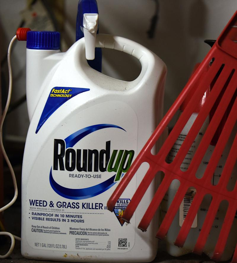 Photo of bottle of Roundup that a Victorian gardener said caused his cancer.