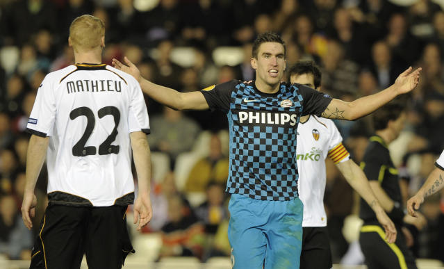 PSV Eindhoven Kevin Strootman reacts to play during the UEFA Europe League football match Valencia against PSV Eindhoven on March 8, 2012 at Mestalla stadium in Valencia. AFP PHOTO / JOSE JORDAN (Photo credit should read JOSE JORDAN/AFP/Getty Images)