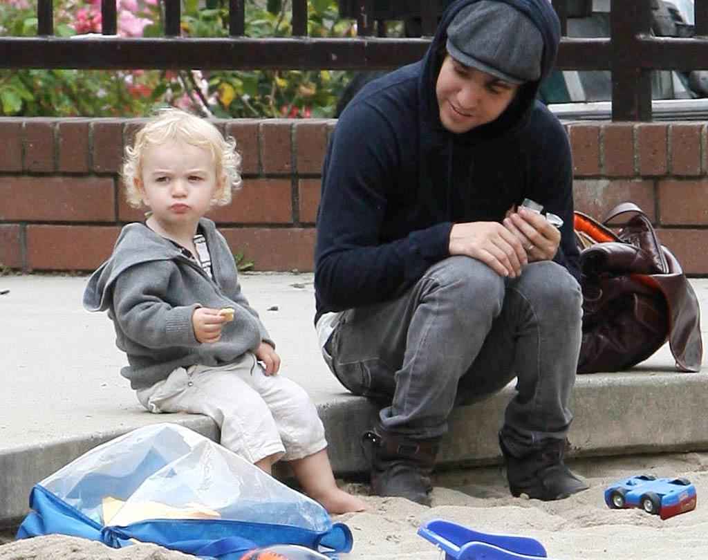 """Pete Wentz and his curly-haired son Bronx both sported hoodies while kicking it in Hollywood. APG/<a href=""""http://www.x17online.com"""" target=""""new"""">X17 Online</a> - July 8, 2010"""