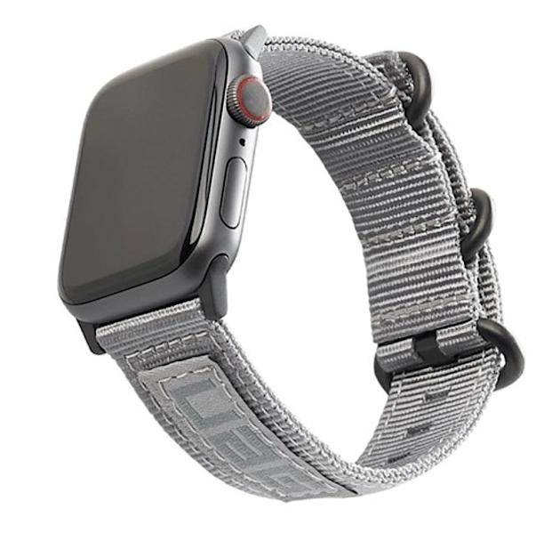 https://urbanarmorgear.com/products/nato-watch-band-for-apple-watch