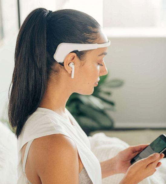 PHOTO: Personal mediation assistant headband from Muse. (Courtesy Distinctive Assets)