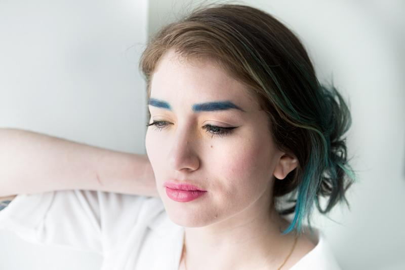 Colorful eyebrows is a beautiful yet tough trend to try. Allow me to walk you through the process of getting bold blue brows like a pro.