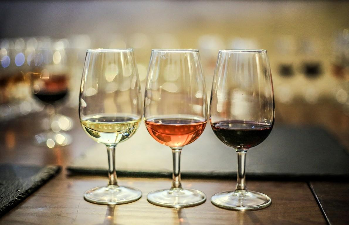 "<p>In the United States, dessert wines are legally defined as having an ABV of 14 percent or greater. These wines have a sweetness to them, which is derived either from natural sugars in the grapes or from the addition of sugar or honey. They're <a href=""http://www.thedailymeal.com/cook/10-classic-american-desserts/slide-1""><b>an ideal finish to a rich meal</b></a>, and they won't have you stumbling away from the dinner table.</p>"