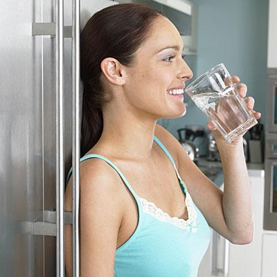 "<div class=""caption-credit""> Photo by: getty</div><b>You don't like water</b> <p> Substituting water for sugary sodas and even for juices can make a major dent in your daily calorie count. Drinking water may also help you manage your appetite. <br> <br> In one study, people who drank two glasses of water before eating a meal consumed up to 90 fewer calories. <br> </p> <p> <b><a href=""http://wp.me/p1rIBL-18F"" rel=""nofollow noopener"" target=""_blank"" data-ylk=""slk:Quick Weight loss"" class=""link rapid-noclick-resp"">Quick Weight loss</a></b> vs <a href=""http://wp.me/p1rIBL-18F"" rel=""nofollow noopener"" target=""_blank"" data-ylk=""slk:Fast Weight Loss"" class=""link rapid-noclick-resp"">Fast Weight Loss</a> </p>"