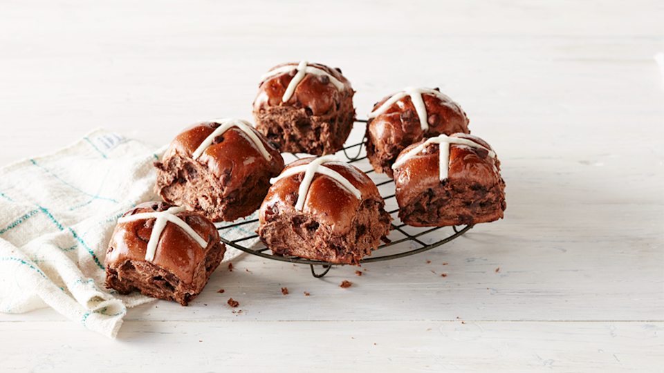 Coles Chocolate Hot Cross Buns win bets hot cross buns in Choice test picture against white background