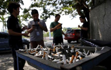 Philippines' Duterte gets tough on tobacco with ban on smoking in public