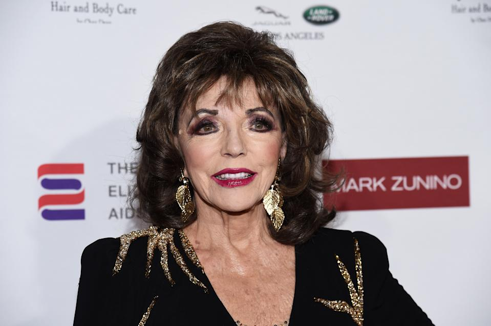 Dame Joan Collins is not a fan of jeans and T-shirts. (Photo: Amanda Edwards/Getty Images)