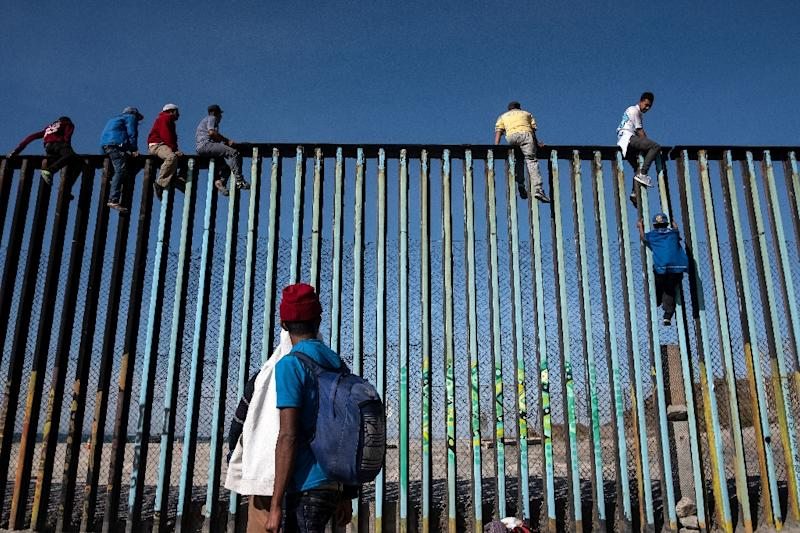Migrants have begun arriving in the Mexican border city of Tijuana in swelling numbers (AFP Photo/Guillermo Arias)