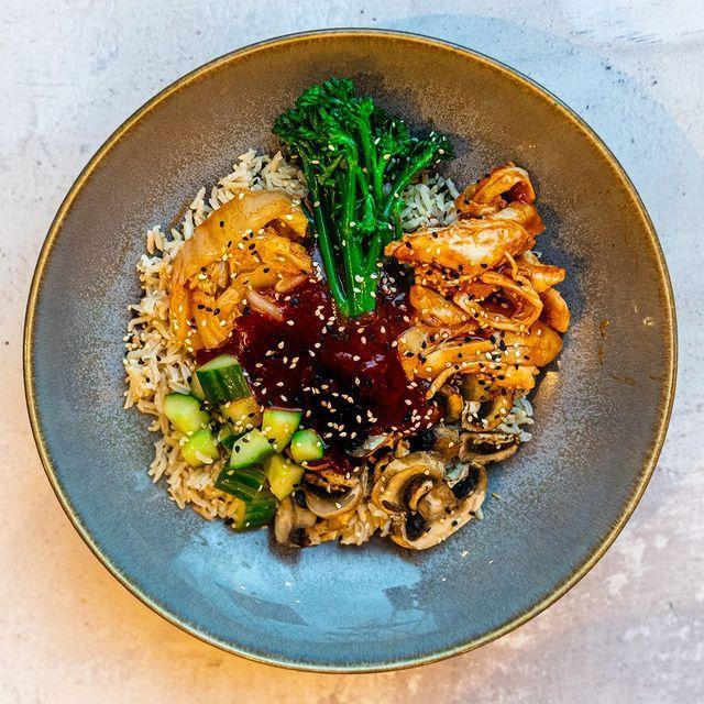 """<p>Tastily is a meal subscription service – aka, a life saver when you're WFH and sick of doing the dishes. The brand delivers freshly cooked, vacuum packed meals that'll last the entire week in the fridge, or can be frozen to eat later on.</p><p>Choose from healthy vegan, veggie or meaty meals with at least three of your five a day in 'em. If you're counting calories, you can go from the 400-500 kcal menu and stay on plan, or upgrade to large meals if you're feeling hungry.</p><p>Commitment phobes, fear not: you can pause, cancel or amend your subscription at any time. Prices start at £6 per meal depending on which plan you go for.</p><p><a class=""""link rapid-noclick-resp"""" href=""""https://tastily.co.uk/pricing"""" rel=""""nofollow noopener"""" target=""""_blank"""" data-ylk=""""slk:SHOP HERE"""">SHOP HERE</a></p><p><a href=""""https://www.instagram.com/p/CLeynJuFH30/?utm_source=ig_embed&utm_campaign=loading"""" rel=""""nofollow noopener"""" target=""""_blank"""" data-ylk=""""slk:See the original post on Instagram"""" class=""""link rapid-noclick-resp"""">See the original post on Instagram</a></p>"""