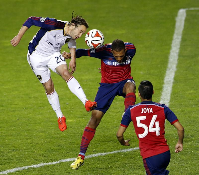 Fire hold off Red Bulls 5-4