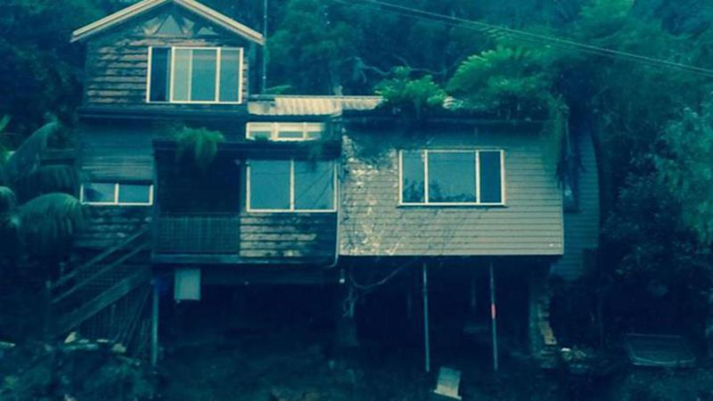 House on Sydney's northern beaches close to collapsing