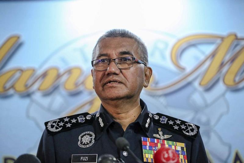 Mohamad Fuzi clarified that the Johor Sultan and crown prince's social media pages are not being monitored using covert intelligence systems. — Picture by Firdaus Latif