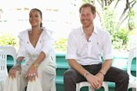 <p>Rihanna and Prince Harry pose for photographs at an event to raise awareness for HIV in Bridgetown, Barbados. <br></p>