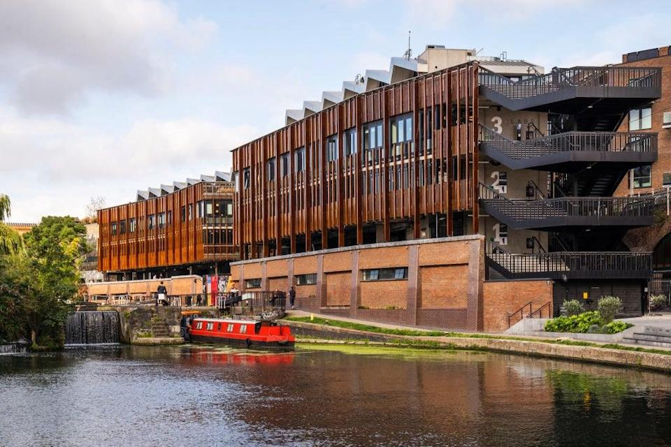 Later this year, the complex's occupancy is set to increase to include 150 stores and 60 food outlets, plus 195 apartments (Hawley Wharf)