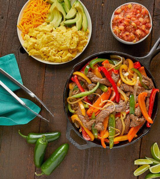 PHOTO: Steak Breakfast Fajitas/Cooking for a Fast Metabolism: Eat More Food and Lose More Weight (Photography by Michael Hulswit and Aline Ponce/Cooking for a Fast Metabolism: Eat More Food and Lose More Weight)