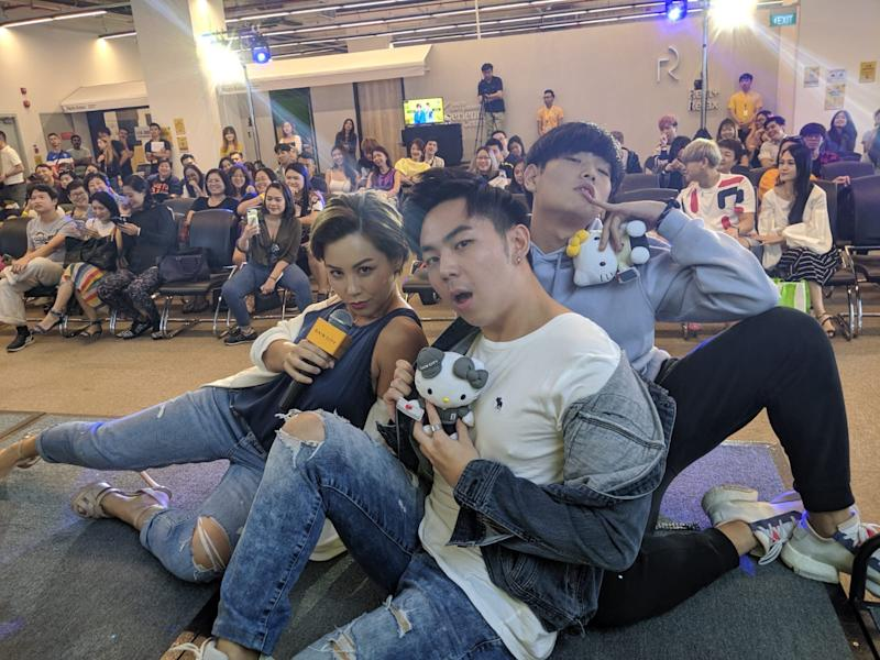 """(From left to right) """"I Can Be An Influencer"""" contest mentor Kelly Latimer with contestants at the semi-finals on 6 October 2019 at Gain City@Sungei Kadut. (Photo: StarHub)"""