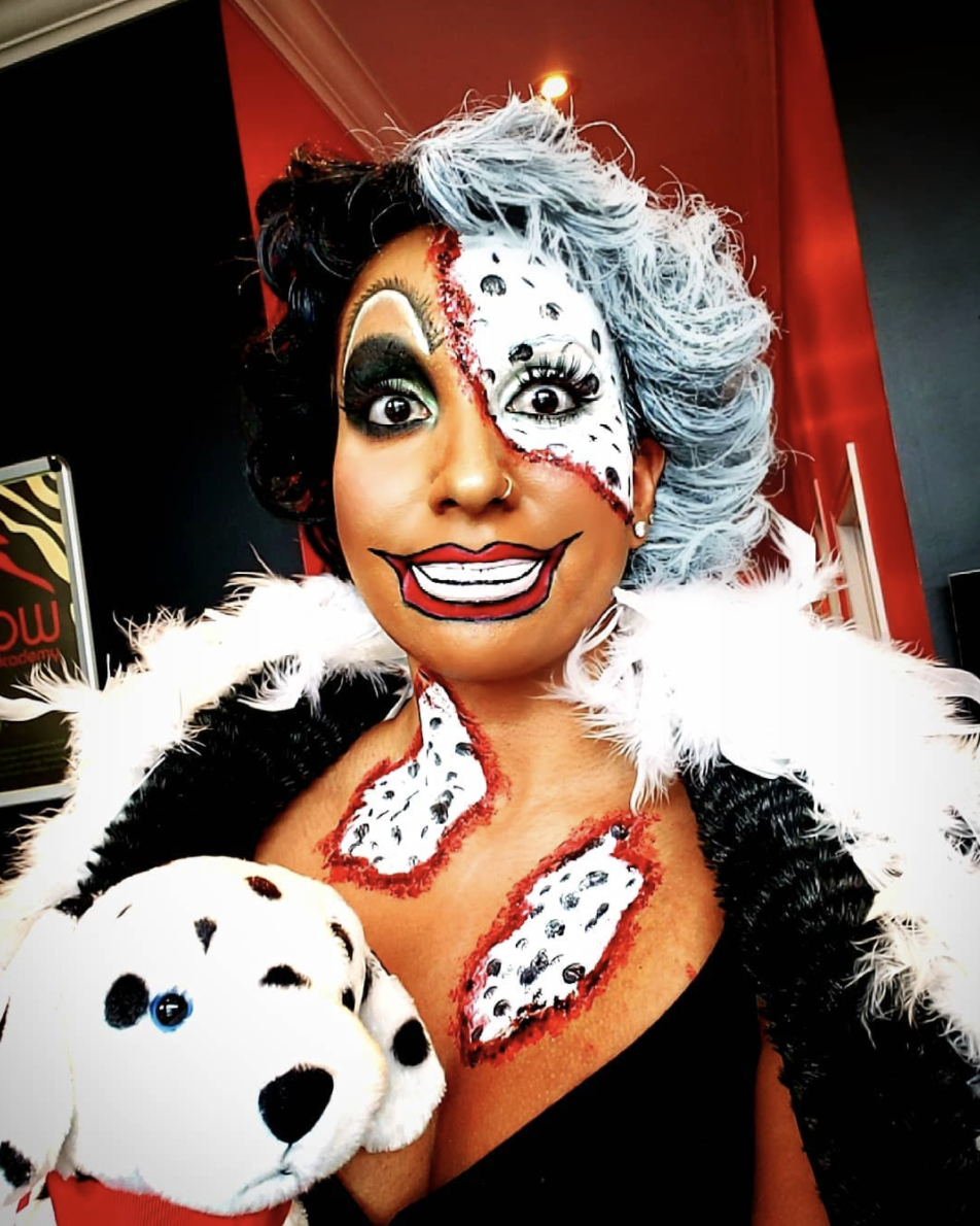 """<p>Want to up the spook factor? Get creative with your makeup to put an ever darker spin on the character. </p><p><a class=""""link rapid-noclick-resp"""" href=""""https://www.instagram.com/p/BphUbBqFs92/"""" rel=""""nofollow noopener"""" target=""""_blank"""" data-ylk=""""slk:SEE MORE"""">SEE MORE</a></p><p><a class=""""link rapid-noclick-resp"""" href=""""https://www.amazon.com/Charmcode-Professional-Palette-Hypoallergenic-Facepaints/dp/B07W1X7SS8?tag=syn-yahoo-20&ascsubtag=%5Bartid%7C10072.g.33547559%5Bsrc%7Cyahoo-us"""" rel=""""nofollow noopener"""" target=""""_blank"""" data-ylk=""""slk:SHOP FACE PAINT"""">SHOP FACE PAINT</a></p>"""