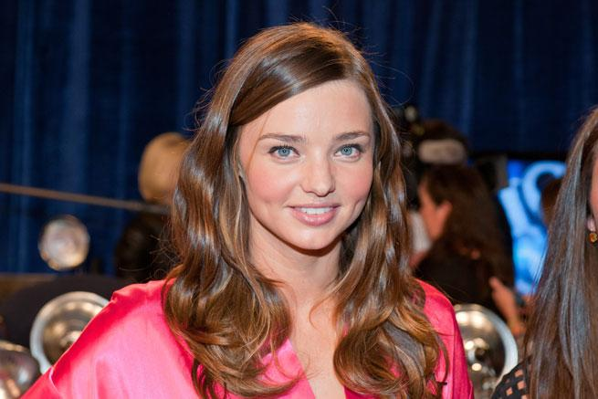 WATCH Miranda Kerr Reveal Her Beauty Secrets: Rose Hip Oil, Body Brushing And A, Err, Spoon
