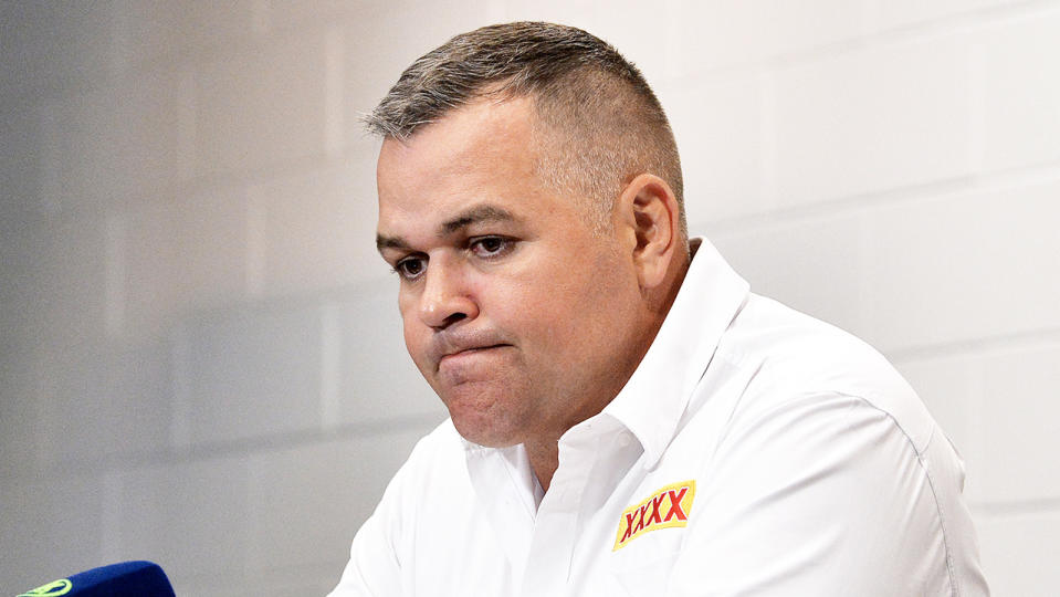 Anthony Seibold looking dejected after an NRL loss.