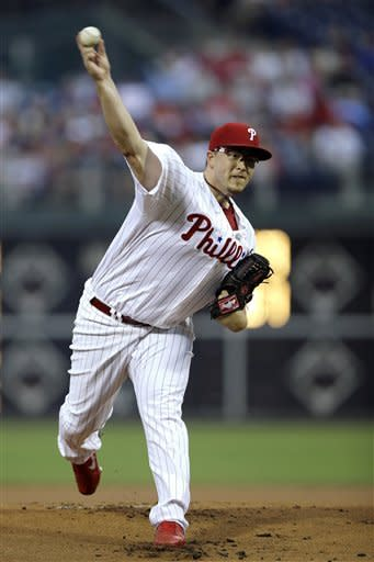 Philadelphia Phillies' Vance Worley pitches in the first inning of a baseball game against the San Francisco Giants, Friday, July 20, 2012, in Philadelphia. (AP Photo/Matt Slocum)