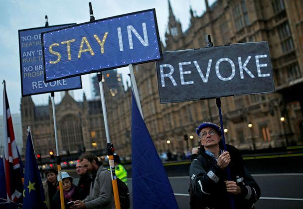 PHOTO: Anti-Brexit protesters gather outside the Houses of Parliament, in London, April 8, 2019. (Henry Nicholls/Reuters)