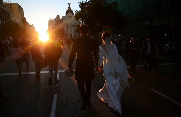 The End Of Early Marriage: Young Americans Would Rather Go To College Than Say 'I Do'