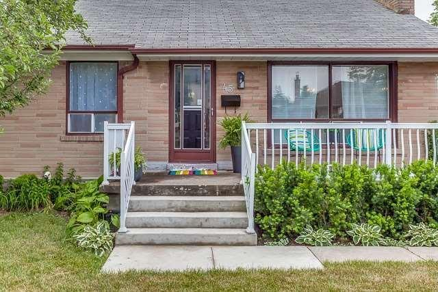 "<p><a href=""https://www.zoocasa.com/toronto-on-real-estate/5475131-45-luverne-ave-toronto-on-m3h1r7-c4201441"" rel=""nofollow noopener"" target=""_blank"" data-ylk=""slk:45 Luverne Ave., Toronto, Ont."" class=""link rapid-noclick-resp"">45 Luverne Ave., Toronto, Ont.</a><br>Location: Toronto, Ontario<br>List Price: $990,000<br>(Photo: Zoocasa) </p>"