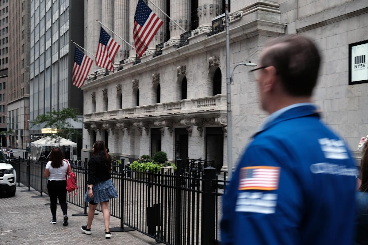 Stock market news live updates: Stock futures trade mixed as traders eye DC votes – Yahoo Finance