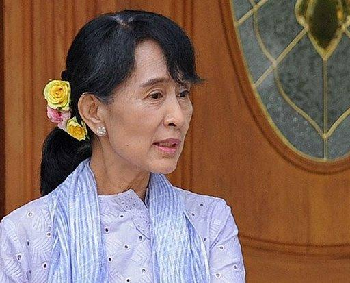 Aung San Suu Kyi has rejected suggestions that she could take a cabinet position in his military-backed government