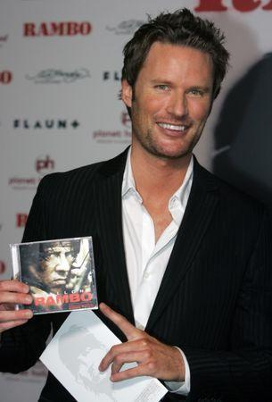 """FILE PHOTO - Composer Brian Tyler arrives for the movie premiere of """"Rambo"""" at the Planet Hollywood Resort and Casino in Las Vegas, Nevada January 24, 2008. Tyler composed the music for the film. REUTERS/Steve Marcus"""
