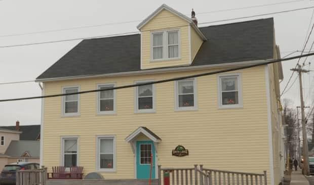 The outreach centre is temporarily located at Smith Lodge, but the province has been looking for a new permanent location, to allow the lodge to add more transitional housing beds.