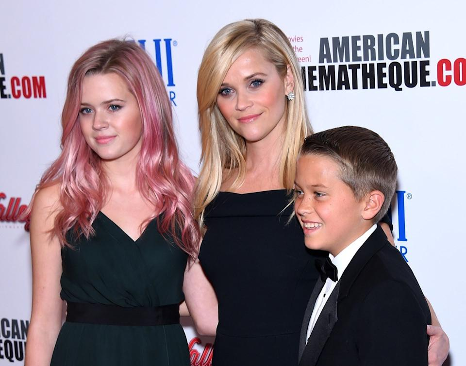 Reese Witherspoon and kids 2015