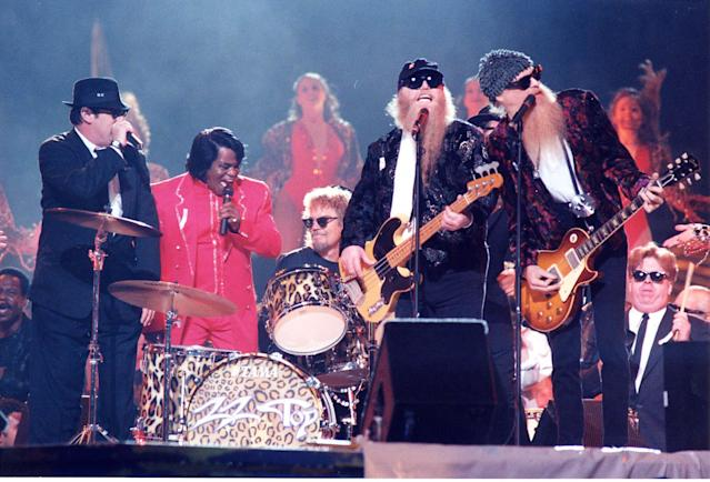 Dan Aykroyd, James Brown, Frank Beard, Dusty Hill and Billy Gibbons of ZZ Top at the 1997 Superbowl Half-time Show at in New Orleans, Louisiana. (Photo by Jeff Kravitz/FilmMagic)