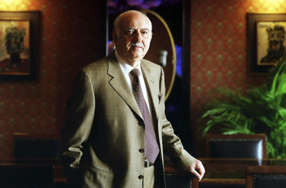 Pallonji Shapoorji Mistry at his office in Mumbai. (Photo by India Picture/Corbis via Getty Images)