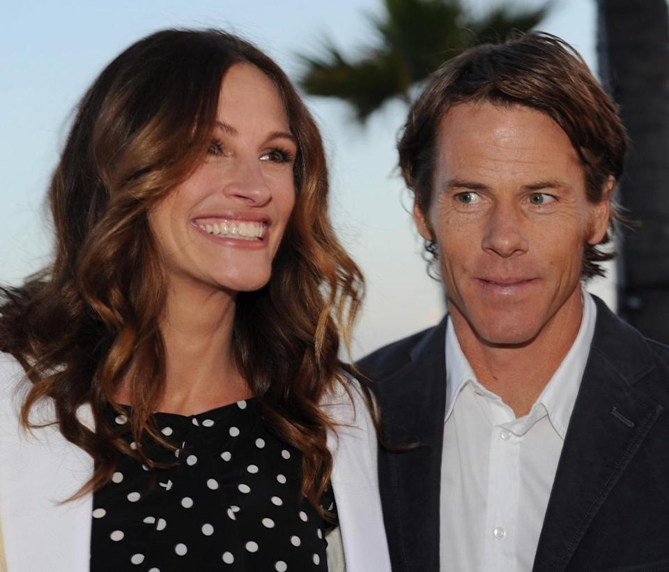 "Honorees Julia Roberts and her husband Danny Moder attend Heal The Bay's ""Bring Back The Beach"" annual awards gala, held at The Jonathan Club in Santa Monica, California on May 17, 2012. UPI/Jim Ruymen"