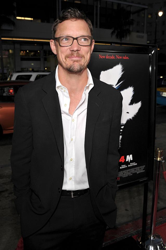 """<a href=""""http://movies.yahoo.com/movie/contributor/1800019328"""">Matthew Lillard</a> -- who perished in the original """"Scream"""" nearly 15 years ago -- came out to see the latest installment in the slasher series."""