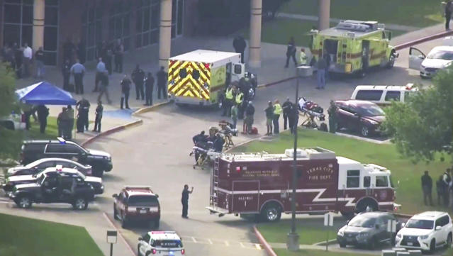 <p>In this image taken from video emergency personnel and law enforcement officers respond to a high school near Houston after an active shooter was reported on campus, Friday, May 18, 2018, in Santa Fe, Texas. The Santa Fe school district issued an alert Friday morning saying Santa Fe High School has been placed on lockdown. (Photo: KTRK-TV ABC13 via AP) </p>