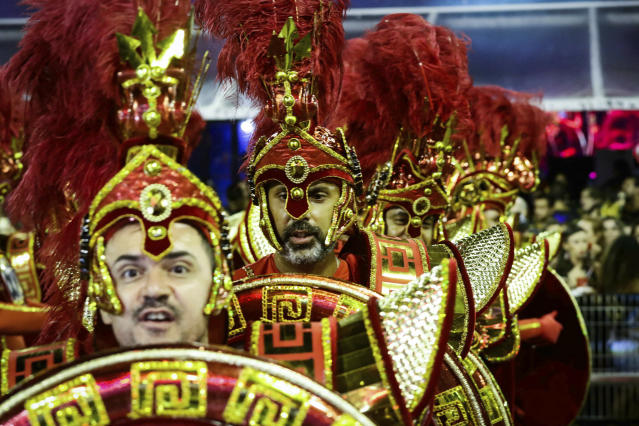 """S'O PAULO, SP - 03.03.2019: CARNIVAL SP 2019 SAMBA SCHOOL PARADE - Escola Drag'es da Real during the second day of the S'o Paulo Samba School Parade of the special group, at the Samb'dromo do Anhembi, north of the capital, comes with the theme: """"The invention of time. A 65-minute odyssey (Photo: Aloisio Mauricio/Fotoarena/Sipa USA)(Sipa via AP Images)"""